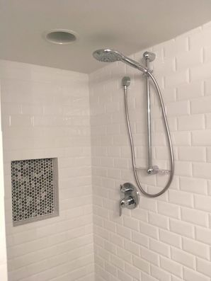 Bathroom Remodeling in Hobart, IN (2)